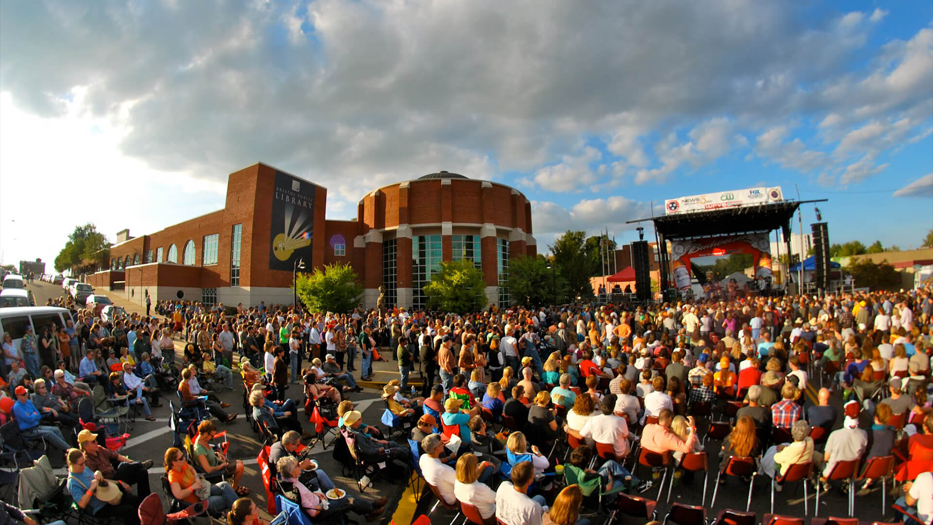 2017 Rhythm & Roots Complete Lineup Announced | Downtown Bristol ...
